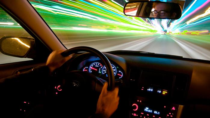 1127 - Как правильно вращать руль автомобиля